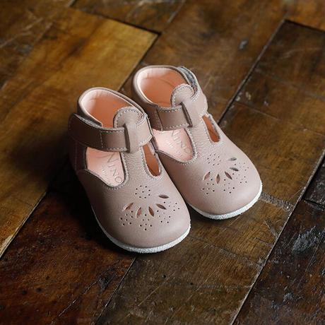T-Strap Shoes : c/# Mocha