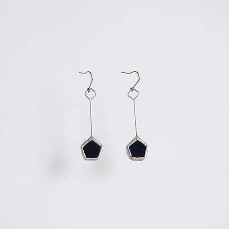 pentagon pierce/black