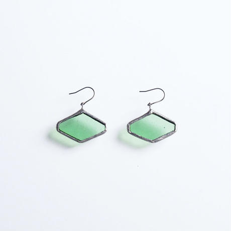hexagon pierce / liget green