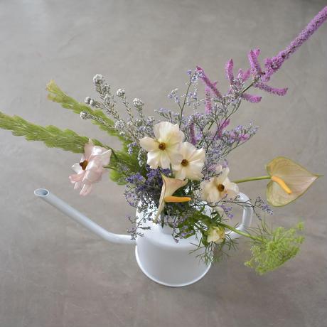 watering can arrangement 宅配便