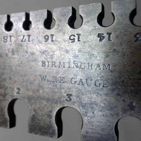 NM604 Vintage Wire Gauge ②