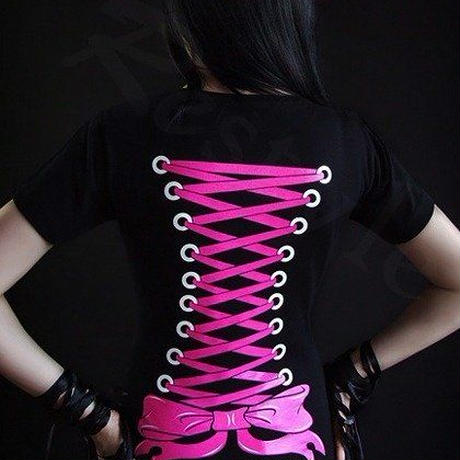 V-neck T-shirt with corset bondings on the back <各サイズ>