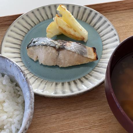 【Bebemeshi okazu】塩麹漬け白身魚(サゴシ3切入り)