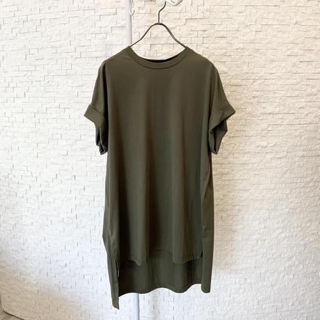 スリット無地Tシャツ