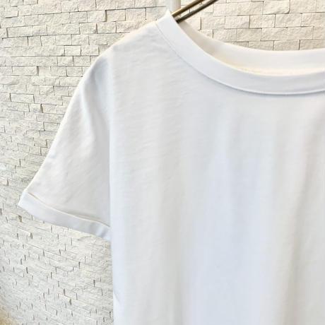 バックスリット無地Tシャツ