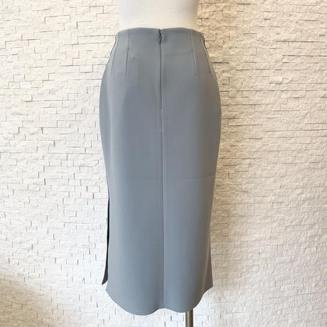 サイドスリットタイトスカート