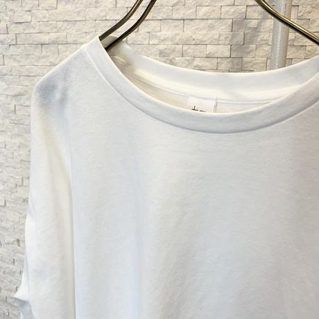 バックスリットロングTシャツ