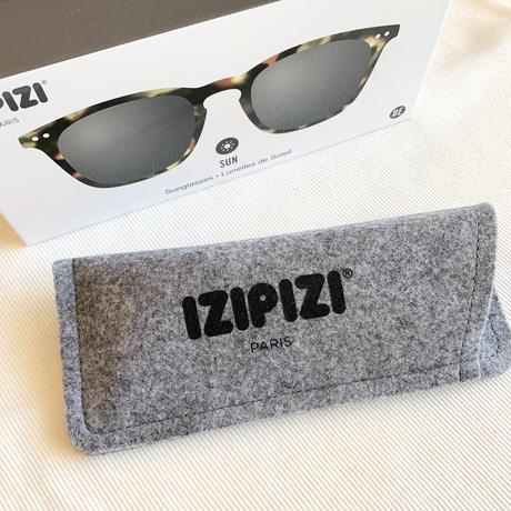 《IZIPIZI》スクエアサングラス SUN #E