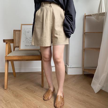 ✳︎予約販売✳︎tuck half pants/2colors