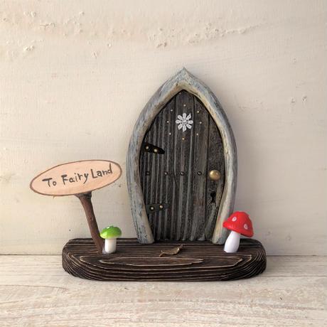 ガーベラガーデンのキノコの扉