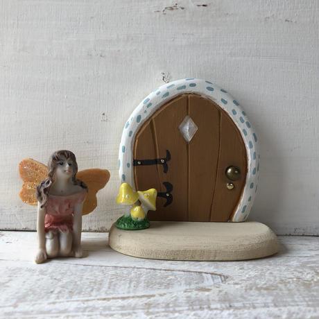 ミニミニドア・ブラウンの扉