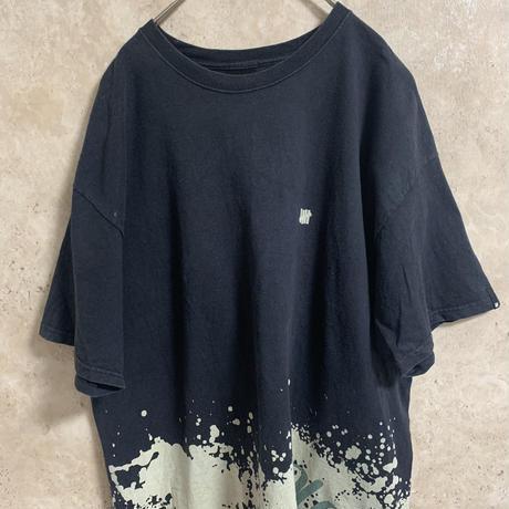 【UNDEFEATED】デザインTシャツ【XL】【ストリート】【メンズ古着】【used】【vintage】