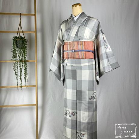 【紬】正絹 単衣 格子に花 白・鼠色