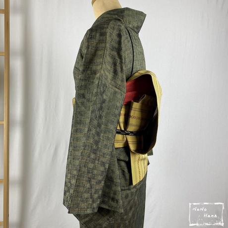 【紬】正絹 袷 よろけ縞 千歳緑色