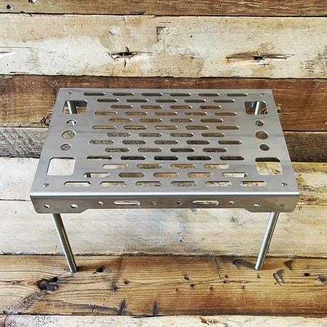 マルチテーブル「野良BASE」A4サイズ 素材:ステンレス【5月下旬順次お届け予定】