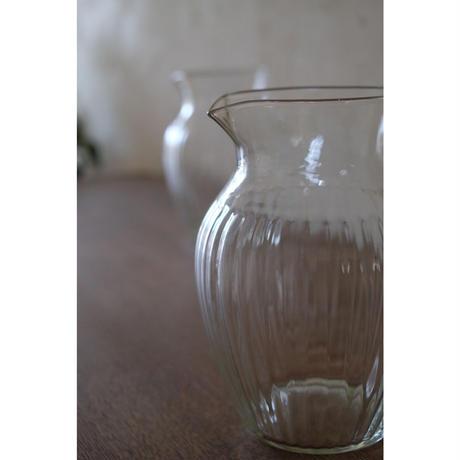 ガラスのピッチャー