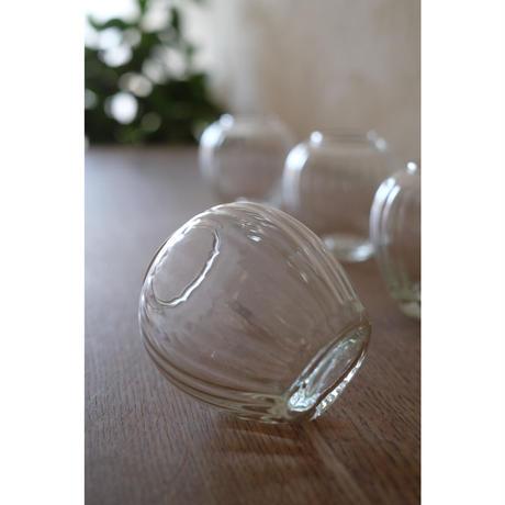 ガラスの小さなフラワーベースpomme