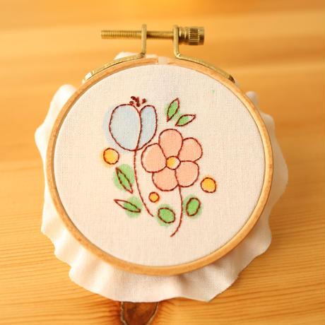 お絵描き刺しゅうお花の図案