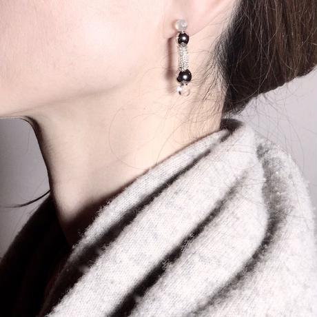 Ball Bar Earrings / ボールバーイヤリング