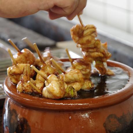 《本体価格より8%OFF 》古処鶏(こしょどり)大焼鶏串弁当 / 4人前×3箱セット※8月末まで