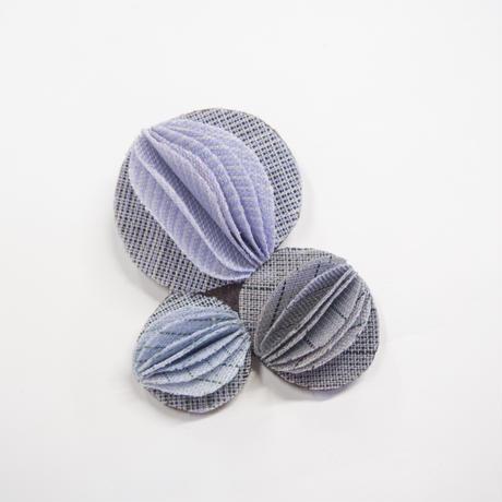 コサージュ〔凛ノ花〕 ウメ  /  薄紫・水色・薄灰