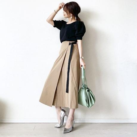 side pleats wrap skirt (beige)