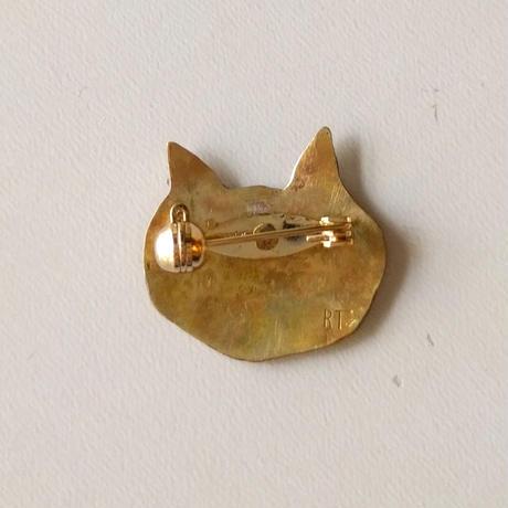 『こどもたちはまっている』特製ブローチ(谷内亮太製作):猫(face)