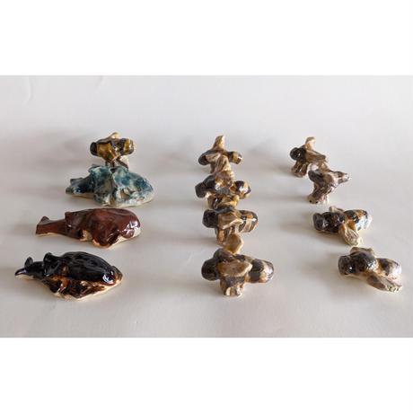 きくちちき:陶器カブトムシとミツバチ