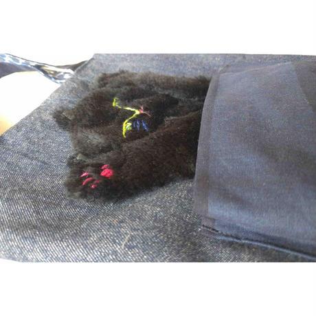 谷みゆき:ポケットに猫バッグ(黒猫)
