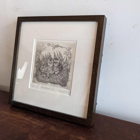 つじにぬき作品「秋の猫たち」(モノクロ)