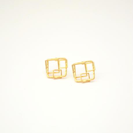 Square Motif Pierce(Gold)
