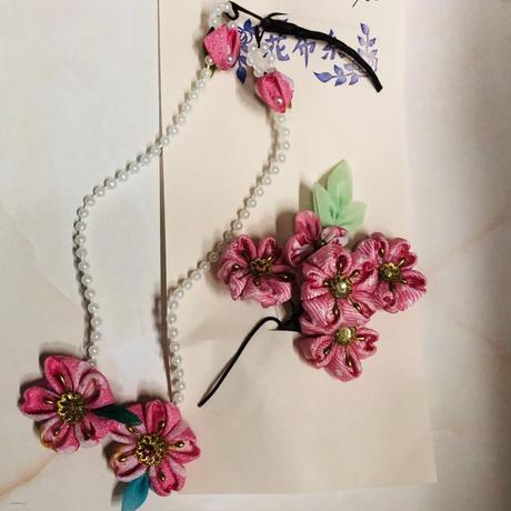 桜の揺れるつまみ細工簪2点セット(Uピンタイプヘアアクセサリー)  淡いピンク系