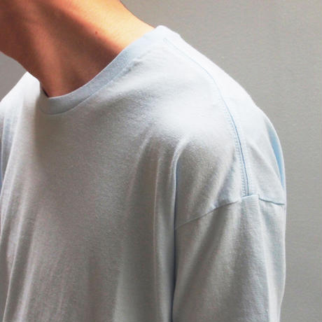 AURALEE Seamless Crew Neck Tee (Light Blue)
