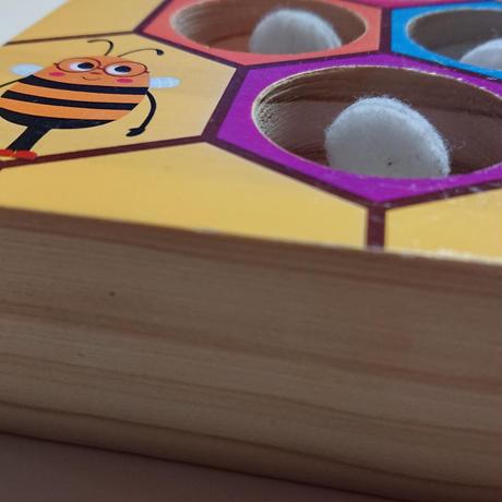 ぶんぶんぶんハチとばそ~
