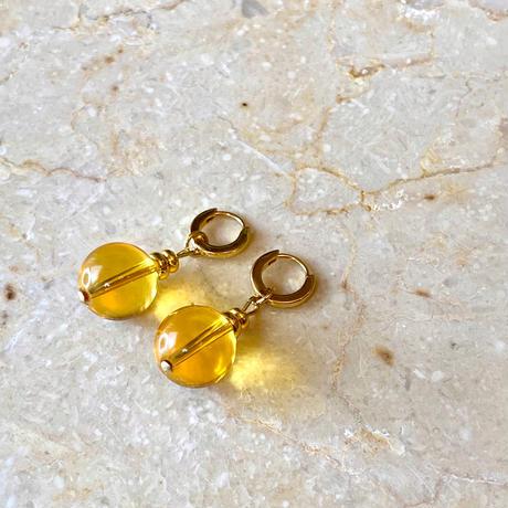 Yellow quartz hoop pierce