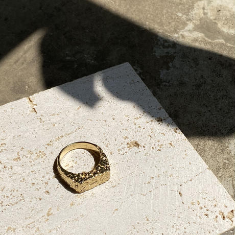 Texture oblong ring