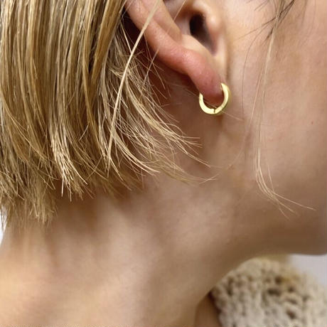 Mini wide hoop pierce(GOLD)