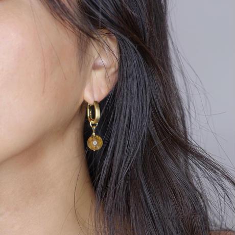Bronze stone pierce