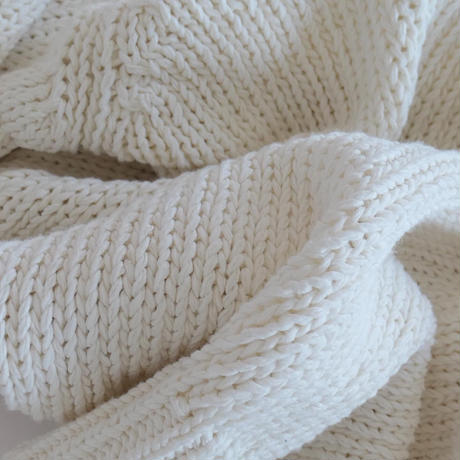 White summer knit tops
