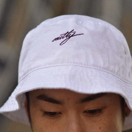 nutty clothing  / BUCKET HAT