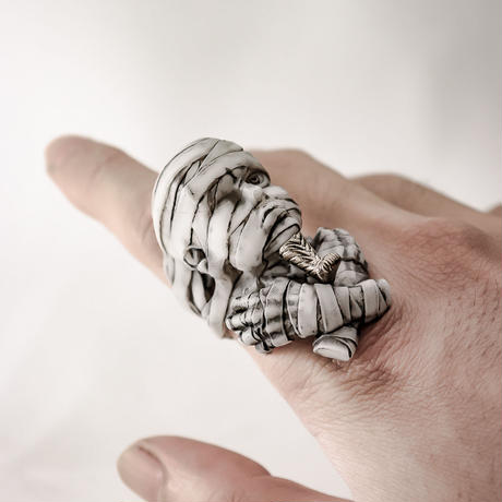 "OBAKEDAZO ""Dandy mummy"" Gold beard / RING"