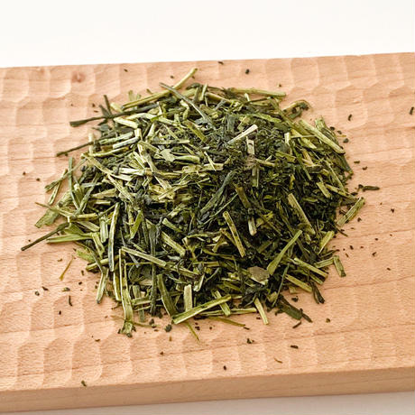 くき茶「白ブラウンラベル」100g  (送料230円)