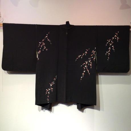 羽織 黒地に餅花柄 h41
