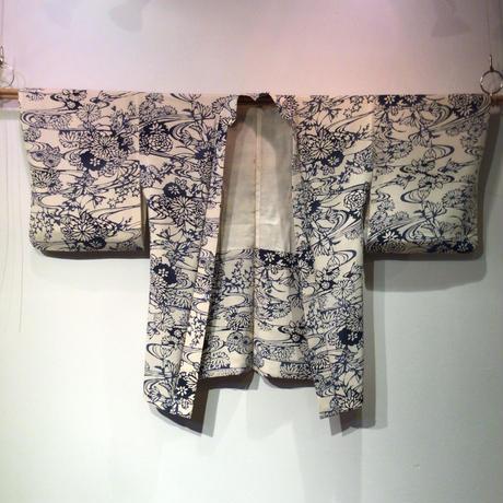 羽織 正絹 白地に流水、菊柄 h65