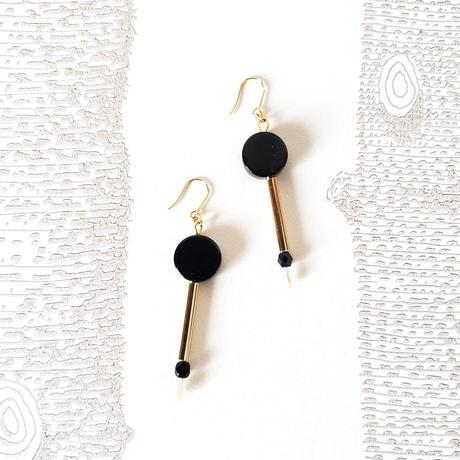 オニキスピアス/ French Hook Earring 'onyx'