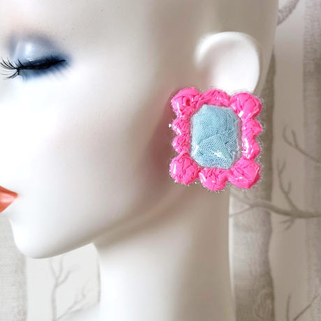 HOUSEKI◆カラフルパウチ ピアス/ Stud Earring 'Colourful Punch'
