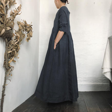 Linen long one-piece / 炭黒