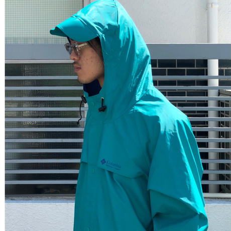 "Columbia ""Rain Coat"" (spice)"