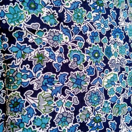 【SALE】Malvi&Co.(マルヴィー) お花柄クルーネックシャツ/ネイビー