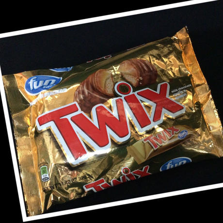 Twix -milk chocolate cookie & caramel-